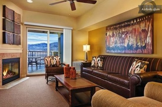 WorldMark Granby: Living Room