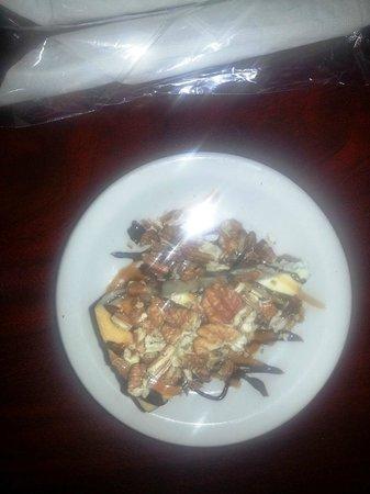 Cafe Laroux By Dejavu: Turtle Cheesecake
