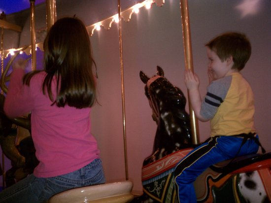 Children's Museum of Indianapolis : On the Carousel