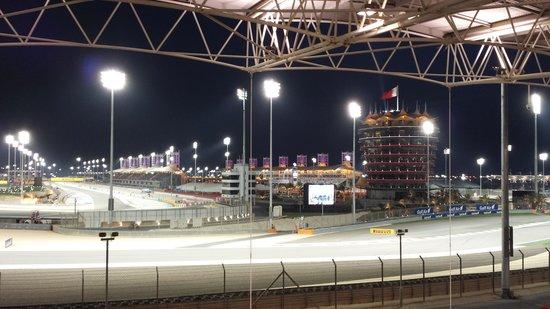 Bahrain International Circuit : university stand 2
