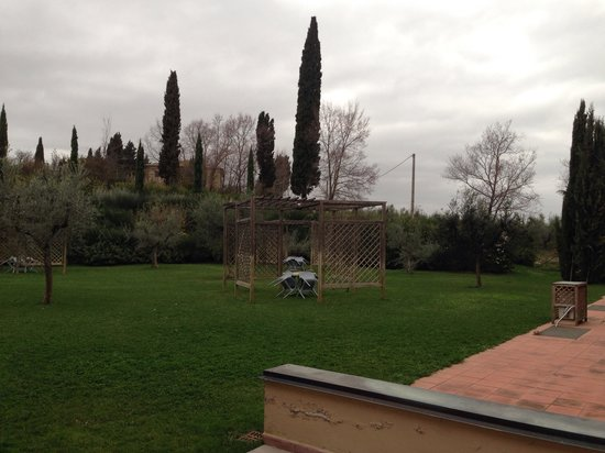Villasanpaolo : 裏庭