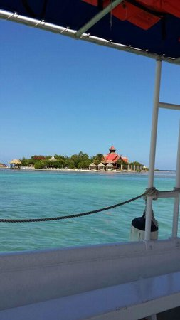Sandals Royal Caribbean Resort and Private Island : The sandals private island