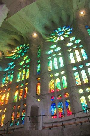 Sagrada Família : Beautiful mirrors