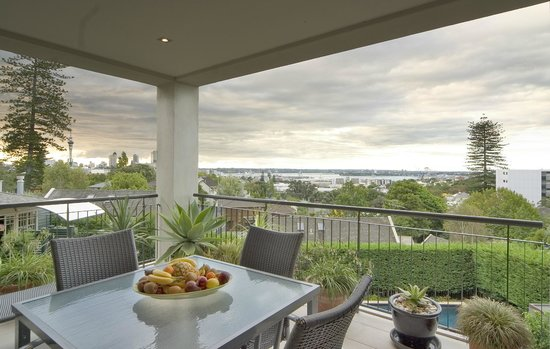 Ascot Parnell Boutique Bed and Breakfast: View from the guest balcony