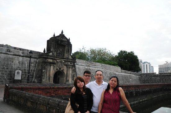 Intramuros: At the entrance of Fort Santiago