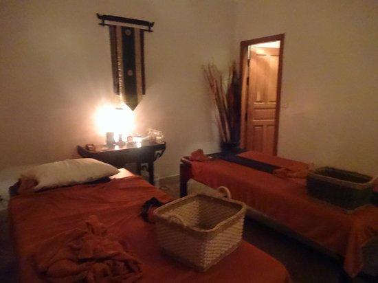 Luck Nuvo Massage & Spa: room