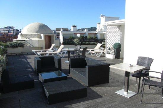 Mercure Nice Centre Grimaldi : Solarium sur le toit