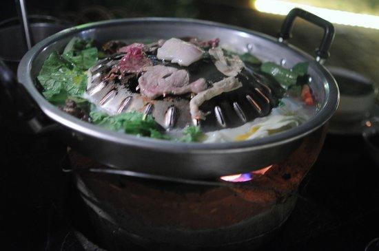 Lao Lao Garden!: Lao BBQ