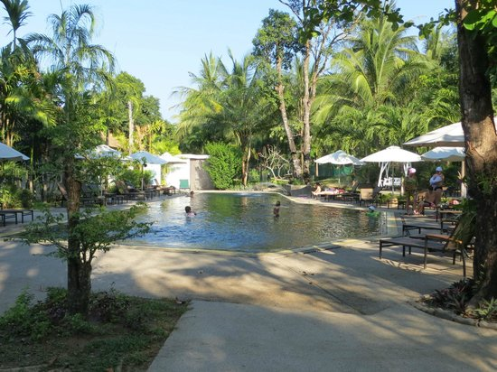 Nai Yang Beach Resort and Spa : Second pool area