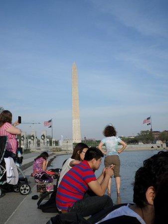 Lincoln Memorial : Vista desde la piscina reflectante
