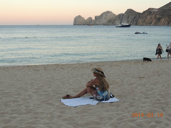 The sun goes down in the Sea of Cortez at Medano Beach.     3/2014