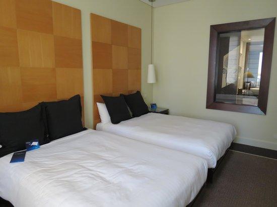 Radisson Blu Plaza Hotel Sydney: our room