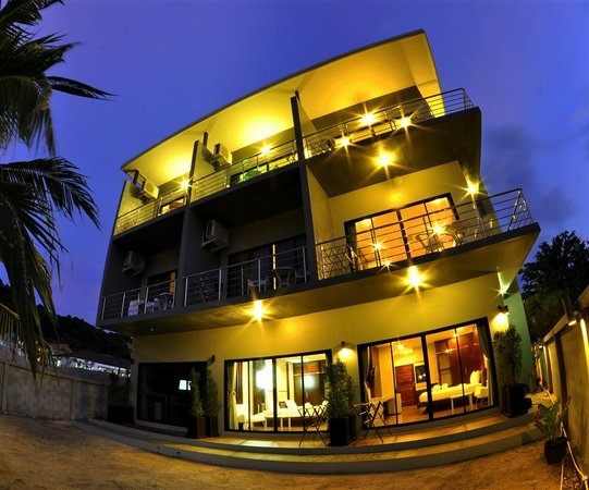 Tonsai Place