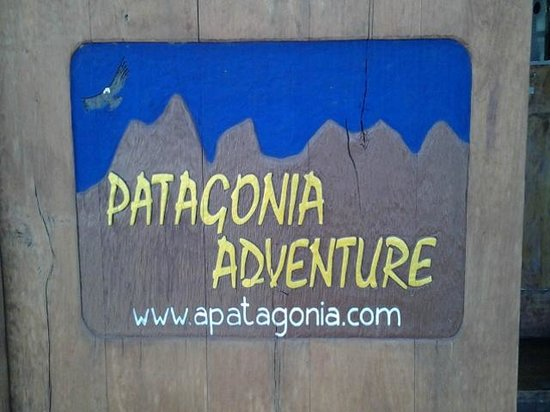 Patagonia Adventure: Entrada do Hostel-Agencia de Turismo