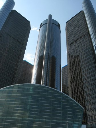 Detroit RiverFront: Renaissance Center