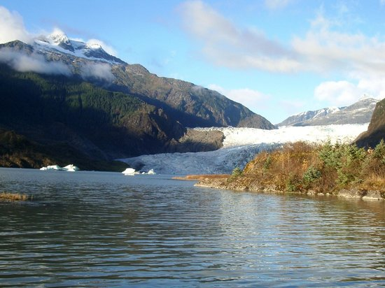 Mendenhall Glacier Visitor Center : Mendenhall Glory