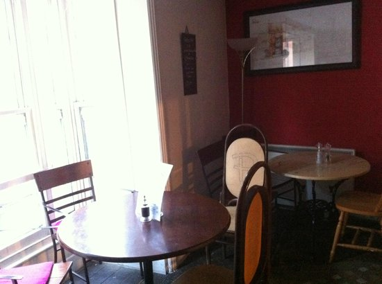 Pimento Tearooms: Upstairs Parlour