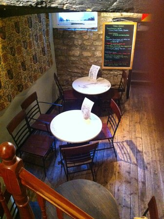 Pimento Tearooms: Middle floor