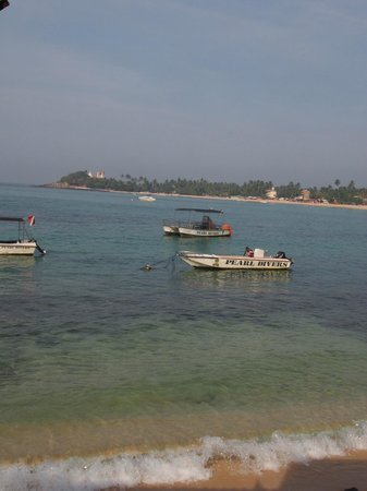 Pearl Divers: View from dive center