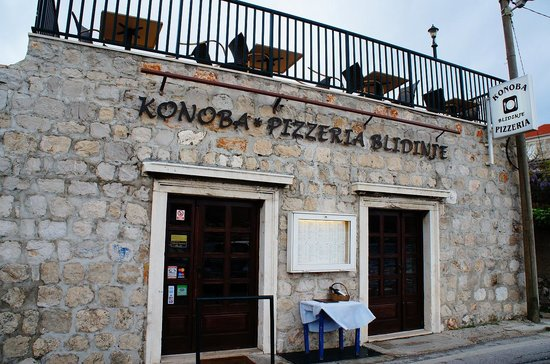 Konoba - Pizzeria Blidinje : nice location and nice view from terrace