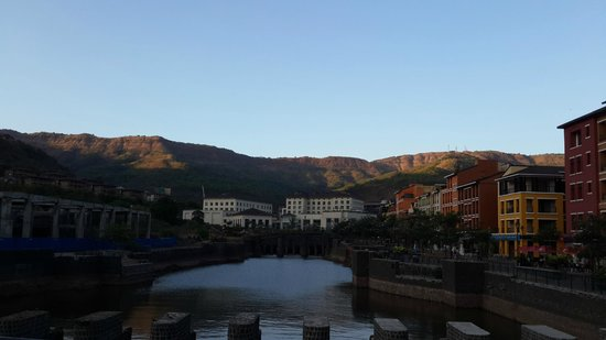 The Waterfront Shaw, Lavasa : Lovely view