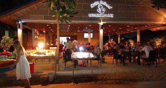 Located on Kamala Beach front, Lillo Island Resort's restaurant & bar