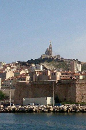 Basilique Notre-Dame de la Garde : Вид из порта