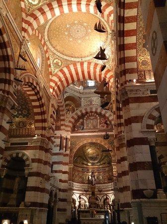 Basilique Notre-Dame de la Garde : Внутри