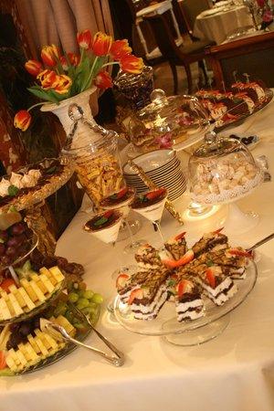 Pod Gigantami Exclusive Restaurant : sweet buffet