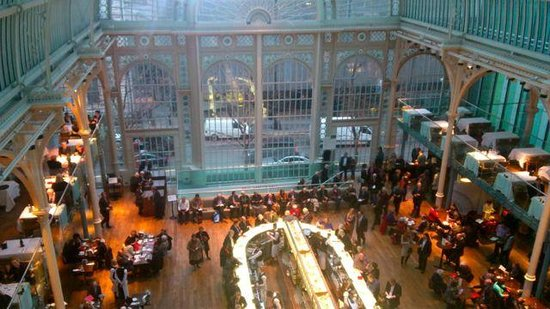 Royal Opera House: The Floral Hall and bar