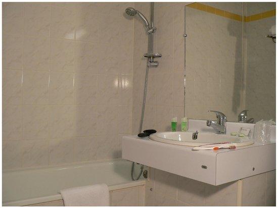 Hotel Moderne: Salle de bain Classique