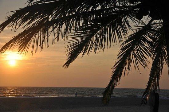Holiday Inn Resort Goa: Закат
