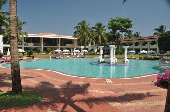 Holiday Inn Resort Goa: Бассейн