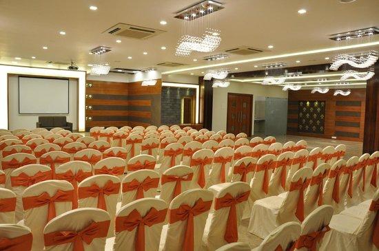 Hotel Celebration : Banquet Hall