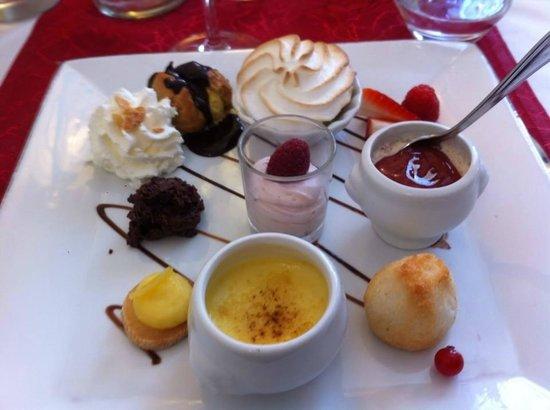 Auberge de la Vieille Ferme: dessert gourmand