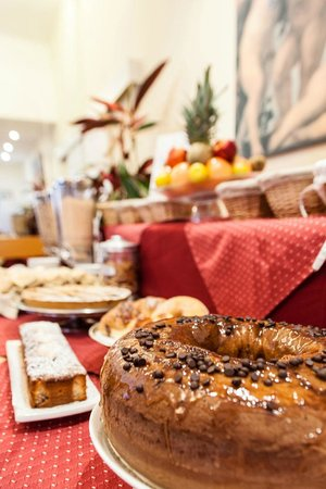 Hotel Madrid: buffet breakfast