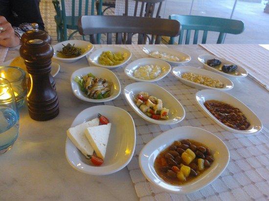 Paloma Oceana Resort: Aperitiefhapje