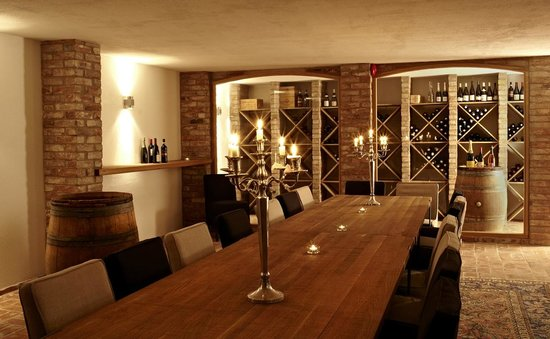 The More Hotel Lund: Wine Celler