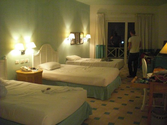 Sheraton Sharm Hotel, Resort, Villas & Spa: Camera tripla Dolphin