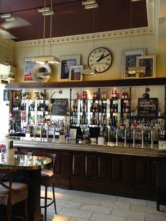 Browns Brasserie & Bar: Our beautiful bar