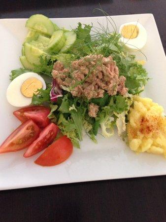 Cafe Duo: Tuna salad