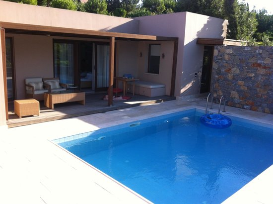 Blue Palace, a Luxury Collection Resort & Spa, Crete : private pool