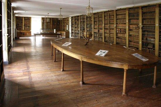 Musée De L'Ecole De Médecine Navale : Vue de la bibliothèque