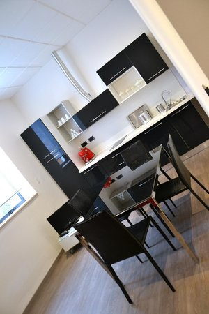 Appart Oriental Cucina e Living - Kitchen and Living - Picture of ...