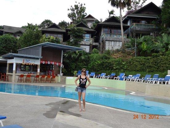 Royal Crown Hotel & Palm Spa Resort: Бассейн возле главного корпуса