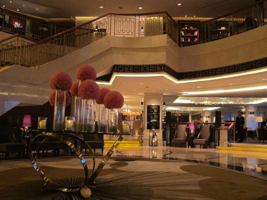 Seaview Garden Hotel: Main lobby