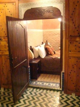Riad Dar Mimouna Hotel : Bedroom