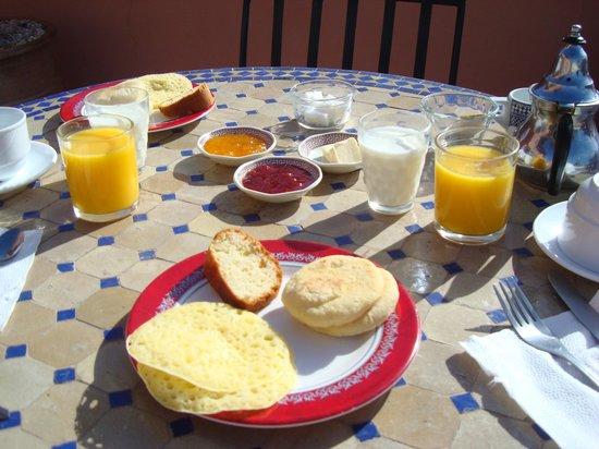 Riad Dar Mimouna Hotel : Breakfast
