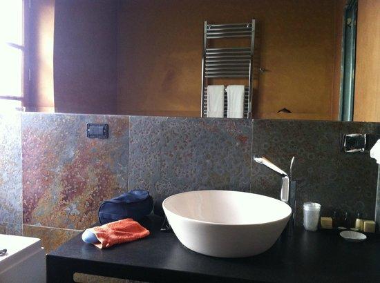 Corte dei Medici: de wastafel badkamer