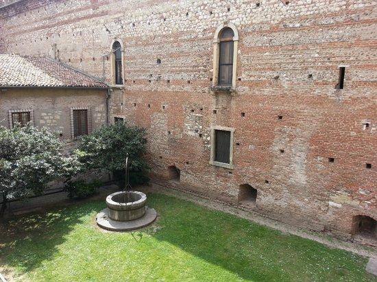 Museo di Castelvecchio: particolare del giardino